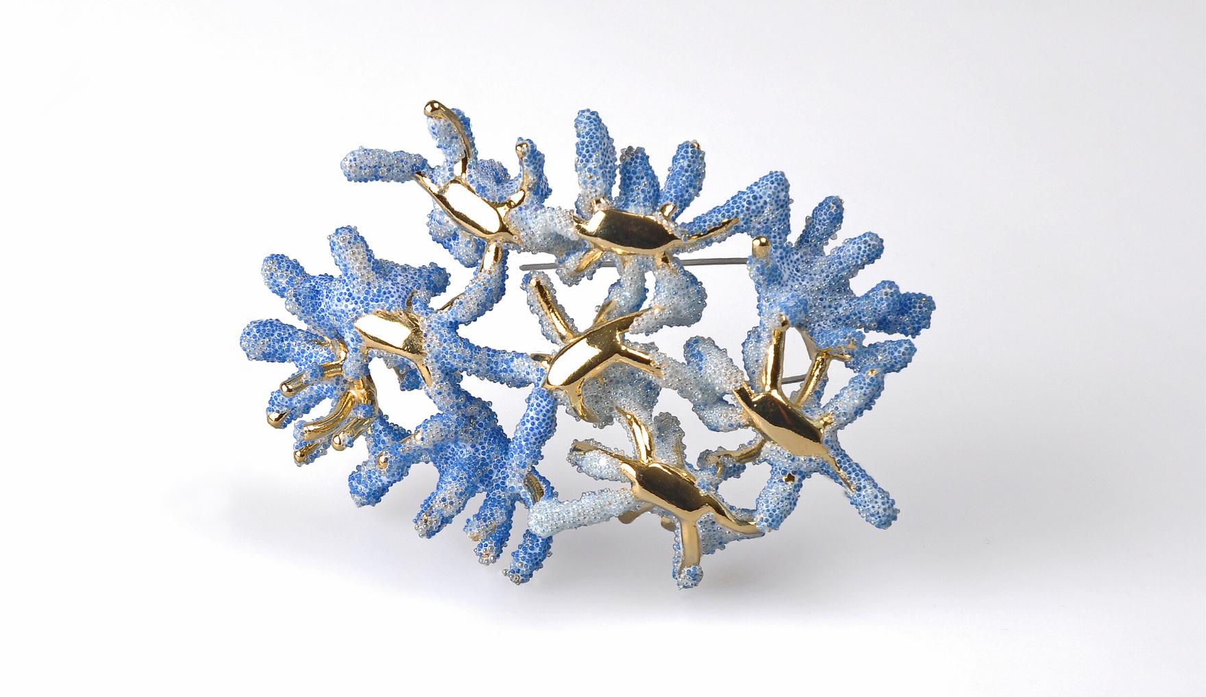 Aisegul Telli, Blue Coral Isle, Unique Brooch, Thereza Pedrosa Gallery