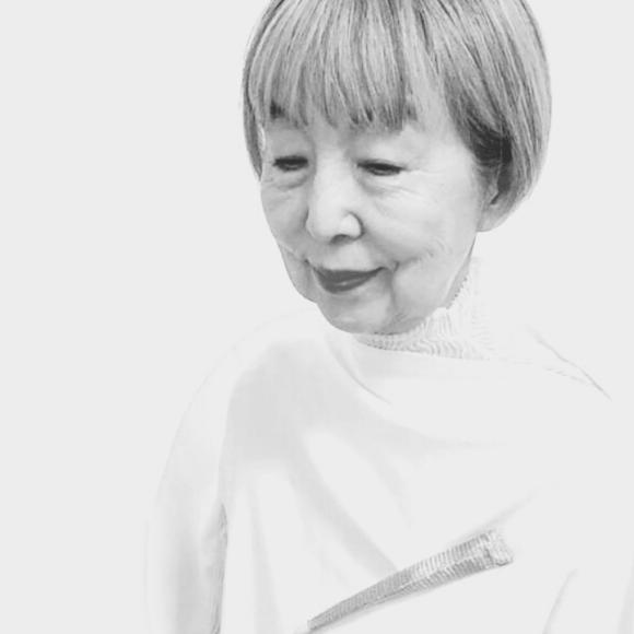 Kazumi Nagano, jewellery artist, Thereza Pedrosa Gallery