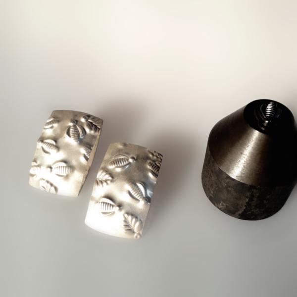 Carla Riccoboni, Api e foglie, earrings, Thereza Pedrosa gallerz, Asolo